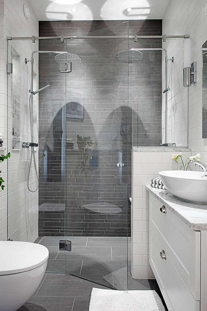Alvhem Mäkleri - kylpyhuone sadesuihkuilla